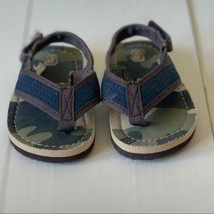 Baby boy sandals flip flops size 4-5 camo